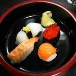 宝来寿司 - 寿司4貫(H27.8.15撮影)