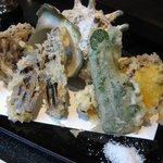 奄美 - 野菜の天ぷら盛合せ
