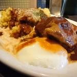 41621624 - 豚スネ肉温泉たまごカリー(Curry Lunch C)