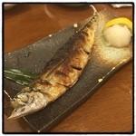 いろは寿司 - さんまの塩焼き。 さんま祭りなので。 並ぶよりお金を払う。