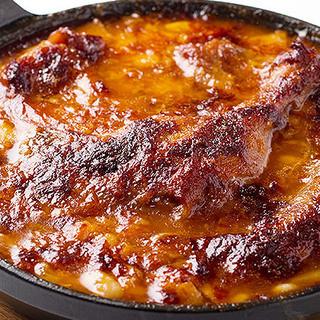 シェフ渾身の一皿はフランスの伝統的な煮込み料理「カスレ」