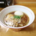 支那そば 讃岐ロック - 支那そば 醤油 + 玉子 (750+100円) '15 8月中旬