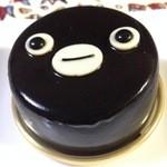 41624710 - 2015年8月:Suicaのペンギン(\520)…表面のつややかな黒はチョコレートグラッサージュ。チョコっぽくないプルンとした食感です