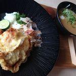 加賀旬菜くらぶ - 木曜日限定 薬膳カレーつけ麺ランチ