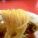 北京亭 - 麺は少々柔やわ…!