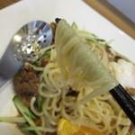 てるのちゃんぽん亭 - ツルツルの生麺