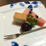 憩いの料亭 白竜湖 - デザートもついてます、このときは西瓜、葡萄、チーズケーキでした。