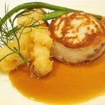 パリジェンヌ - イカとお魚のガレット、玄麦黒酢ソース