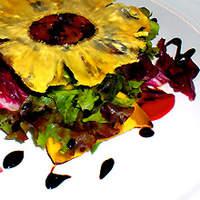 トゥルヌッソル - フレッシュフォアグラのソテー、シェリー酒酢風味のキャラメリゼ2種類のパイナップル添え、トゥルヌッソル仕立て