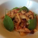 アル・ケッチァーノ - 魚介のトマトソースパスタ