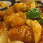 海味亭 - 鶏肉の唐辛子炒め