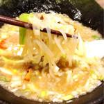 らーめん岩本屋 - 定番ラーメン (トッピングでコンニャク麺+100円 味付けネギ小+120円 半熟煮玉子+100円)