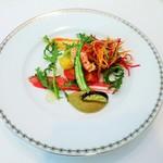 ル・マルカッサン ドール - 鎌倉の鮮やかな夏野菜と北陸金沢産甘海老のサラダ仕立て