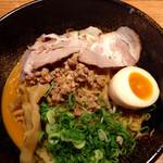 藤一番  - 料理写真:麻辣麺(マーラーメン)+追加叉焼 (2015.09現在)