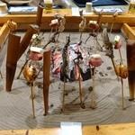 福冨士 - 料理写真:囲炉裏で焼きます