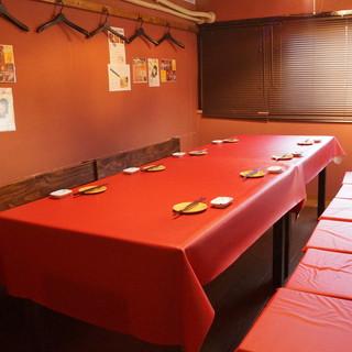最大26名様まで可能のテーブル個室です