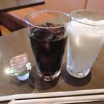 41691007 - ラッシー&アイスコーヒー(ランチ付属)2015年9月5日Taj Tandoor