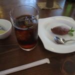 Shirakabekurabu - アイスティーとデザート