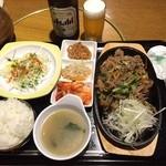 韓国家庭料理 おこげ - 2015年9月/プルコギ定食980円+中瓶ビール390円(共に税込)