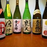 郁李 - ドリンク写真:鹿児島の芋焼酎たちです。入手困難のお酒もあります。