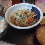 ぎん八 - 肉野菜定食756円