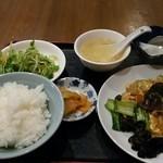 美中味 - キクラゲと豚肉と卵の炒め物 750円