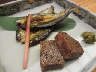 錦水 - 本日の焼き魚、黒毛和牛ろーす小角網焼き