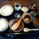 41714696 - 寄せ豆腐膳(1240円)