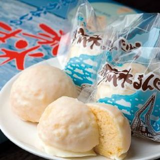 御菓子司 小鹿 - 料理写真:流氷まんじゅう
