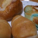 ル・デ・シャロンヌ - 料理写真:買ったパンです