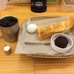 コメダ珈琲店  - アイスコーヒー(モーニング)420円+小倉あん 110円