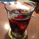 カフェラリー 新宿店 - アイスコーヒー