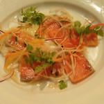 ナポリの下町食堂 - サーモンのカルパッチョ