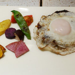 41728439 - 黒毛和牛ハンバーグステーキ、焼き野菜