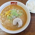 麺屋 がむしゃら - 料理写真:味噌ラーメン大盛+ライス
