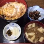 サフラン - 料理写真:カツ丼