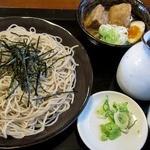 創庵 - 角煮2個、冷たい蕎麦
