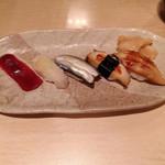 すし 桂 - にぎり1600円、5貫