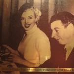 レストラン 花の木 - ロイヤルホストなどの外食事業・機内食事業・ホテル事業などを手掛けるロイヤルホールディングスが       最初に創業した第一号店が福岡の『ロイヤル中洲本店』。花の木の前身です。マリリンも来たとよー♪