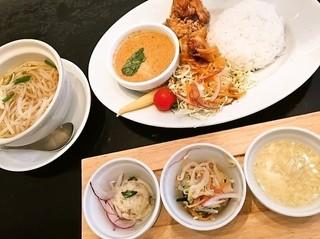 マンゴツリーカフェ ルミネ横浜 - 【ランチ】横浜スペシャル