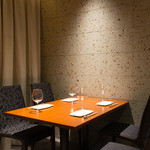 Rowazo - 半個室テーブル席4人掛け