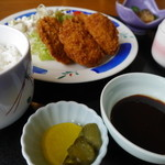 海里部 - ひれかつ定食(1300円)。