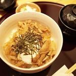 炭豚亭 - 焼肉丼 2015.09.05撮影