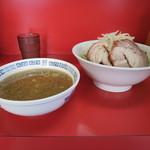 ラーメン二郎 - 小ラーメン 700円 つけ麺 150円 2015.09
