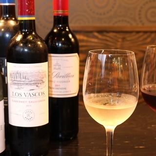 上品な味わいのワインはジューシーなお肉料理との相性抜群