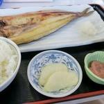 ウトロ漁協婦人部食堂 - ホッケ定食
