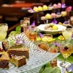 SUNCOAST CAFE - 料理写真:デザートもブッフェスタイルにて、満足いくまでお召し上がりいただけます。
