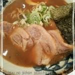 41776320 - チャーシュー魚介しぼり醤油ラーメン♪