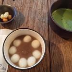お茶とお菓子 横尾 - 日替わり 無花果おしるこ冷
