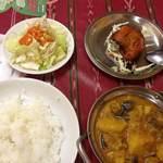 神戸マハル - 野菜カレーとタンドリーチキン
